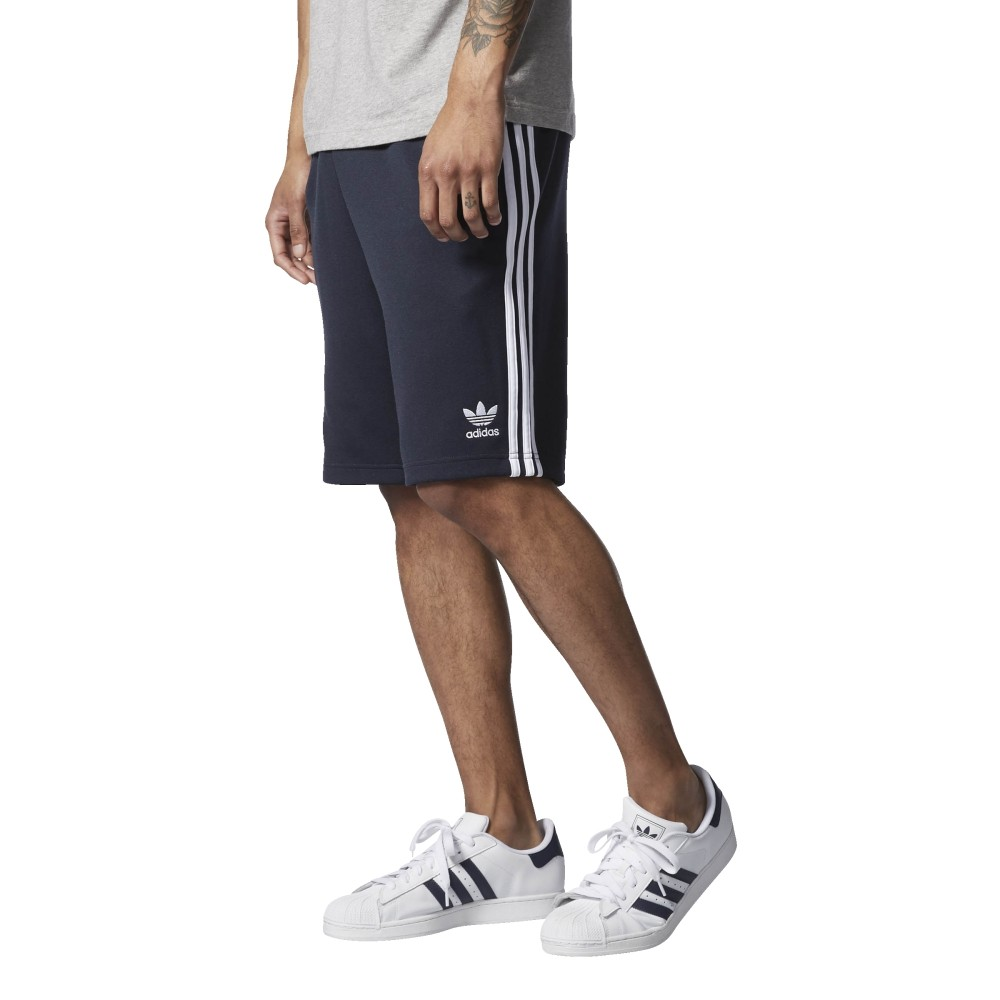 huge selection of c27eb 9089a adidas originals - Superstar Shorts - Streetwear