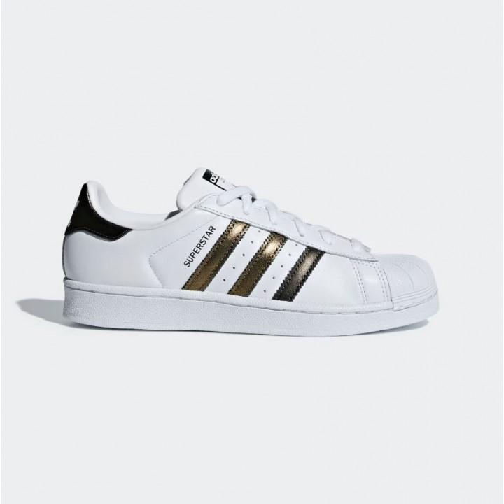 ca7c6816779 adidas originals - Superstar Shoes