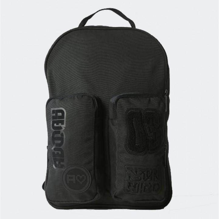 adidas originals - Badges Classic Backpack - Streetwear 15e6137f95f8c